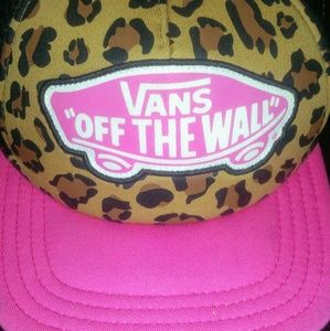 Vans Pink and cheetah hat